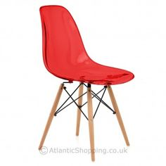 Kids and grown-ups alike are sure to love our Eames Style Wooden Chair Red Perspex thanks to its funky seat.