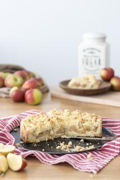 Der einfachste Apfelkuchen der Welt - mit knusprigen Streuseln / the world's…