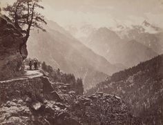 Tibet Road in the Himalayas, photographed in 1867 by Samuel Bourne. (Photo: Museum of Photographic Arts /Public Domain) Why the Soviets Sponsored a Doomed Expedition to a Hollow Earth Kingdom | Atlas Obscura