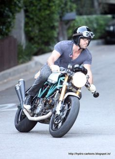 http://www.way2speed.com/2012/03/ryan-reynolds-motorcycle-collection.html