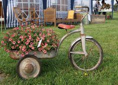 Unique Ways to Spruce up Your Garden ~ Krrb Blog