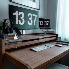 Fliqlo - Flip Clock App and Screensaver Home Office Setup, Home Office Space, Office Ideas, Office Decor, Pc Setup, Desk Setup, Workspace Desk, Workspace Inspiration, Home Decor Inspiration