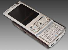 Nokia N95 completa 10 anos - http://www.showmetech.com.br/nokia-n95-completa-10-anos/