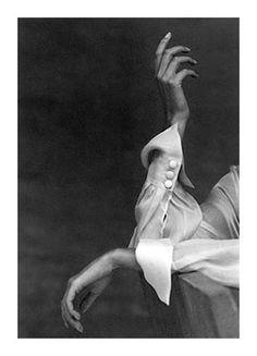 Elegance by Thomas Defays