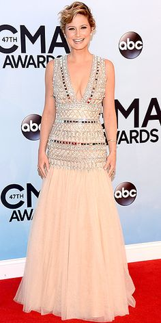 Jennifer Nettles in eggshell drop waist Naeem Khan gown with jewel encrusted bodice at the 47th CMA Awards