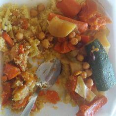 Traditional moroccan couscous! #couscous #chiaseeds  #vegan #foodies #smoothies #vegetarian #health #abs #calisthenics #fitness #power #carbs #carbthefuckup #cantelope #kiwi #freeletics #diabetes #liver #tennis #mma #jiujitsu #sports  #rawuntil4 #film #actor  #morocco #moroccan #casablanca #florida by affanben