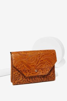 at nasty gal Bandidas Embossed Crossbody Bag Look Fashion, Fashion Bags, Womens Fashion, My Bags, Purses And Bags, Accessories Shop, Fashion Accessories, Fab Bag, Looks Vintage