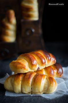 Brioche enrollado relleno de Nutella. Receta paso a paso Croissants, Pastry Recipes, Bread Recipes, Receta Pan Brioche, Nutella Bread, Muffins, Just Bake, Bread And Pastries, Cupcakes
