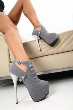 Shoes: sexy grey high heels boots heel boots low boots pumps - Boot Heels - Ideas of Boot Heels - Shoes: sexy grey high heels boots heel boots low boots pumps Low Boots, High Heel Boots, Heeled Boots, Bootie Boots, Boot Heels, Grey Booties, Ankle Boots, Dream Shoes, Crazy Shoes