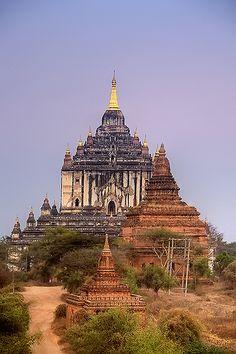 Thatbyinnyu Temple ~ Bagan, Myanmar