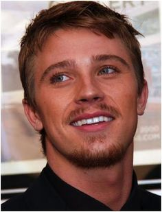 Garret Hedlund...proof that God wants us to appreciate the beauty he created!