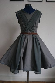 Scavanger casual cosplay dress - Droids Star Wars - Ideas of Droids Star Wars - Salvager dress / Jedi cosplay costume / jedi robe / May the Costume Jedi, Jedi Cosplay, Cosplay Dress, Cosplay Costumes, Star Wars Outfits, Disney Bound Outfits, Trend Fashion, Fashion Outfits, Shopping