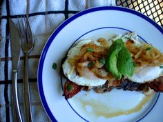 PaleOMG – Paleo Recipes – Fancy Steak & Eggs