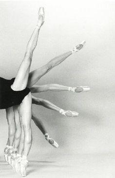 Fanning ballet legs - Beautiful