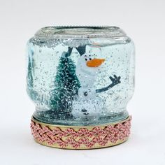 How to Make a Snow Globe - just ten minutes from make to shake
