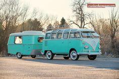 Macht ein passender Wohnwagen den bereits beliebten VW Bus aus dem Jahr 1963 noch reizvoller? http://www.zwischengas.com/de/news/RM-Sotheby-s-in-Amelia-Island-am-12-Maerz-2016-vom-Tour-de-France-bis-zum-VW-Bus-mit-Wohnwagen.html?utm_content=buffer2a07c&utm_medium=social&utm_source=pinterest.com&utm_campaign=buffer  Foto © Nathan Leach-Proffer - Courtesy RM Sotheby's