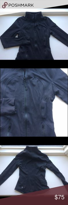 Lululemon Forme Jacket Absolutely gorgeous Lululemon black jacket! No piling, rips, or tears. No size but I would guess it is a size 4 or six. Preowned but in excellent condition. Has thumb holes and fabric on the wrist to pull over your fingers to cover as mittens.‼️Measurements upon request🚭SmokeFree ⚠️DogLovin Home🔹 crossFit, yoga, fitness, runner, mittens, thumb holes, running, exercise, Gym wear🔹 Jackets & Coats