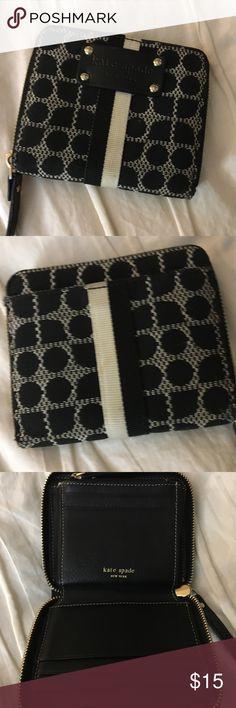 Small Kate Spade wallet GUC Kate Spade zip around wallet kate spade Bags Wallets