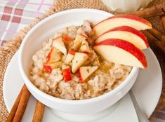 Guiding Stars shares a super simple slow-cooker apple-cinnamon oatmeal breakfast you can make while you sleep. Apple Oatmeal, Cinnamon Oatmeal, Apple Cinnamon, Oatmeal Porridge, Healthy Dinner Recipes, Breakfast Recipes, Delicious Recipes, Eat Breakfast, Slow Cooker Apples