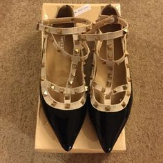 NWT Super cute Flats Black & Tan Flats. Brand New. Bought the wrong size. Fits smaller Timesize Shoes Flats & Loafers