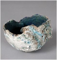 One day handbuilding workshop with Tamsyn Trevorrow. Make work inspired by the Cornish landscape. Perfect for beginners and all abilities. Ceramic Pinch Pots, Ceramic Clay, Ceramic Bowls, Ceramic Pottery, Pottery Art, Organic Ceramics, Coil Pots, Ceramic Techniques, Pottery Sculpture