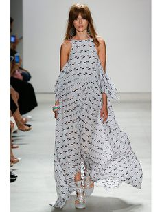 os Achados   Moda   Trend Allert: ombros de fora