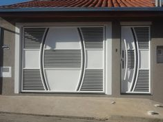 Adi g atr Modern Front Gate Design, Iron Main Gate Design, Front Wall Design, Grill Gate Design, Gate Designs Modern, House Main Gates Design, House Fence Design, Metal Gate Designs, Modern Gates