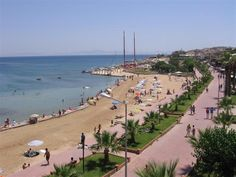 Altinkum Main beach (view to east)