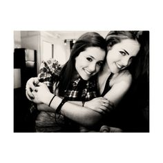 An image of Elizabeth Gillies & Ariana Grande ❤ liked on Polyvore