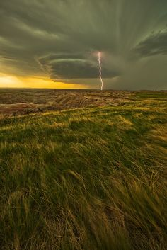"""Lightning by Robert Postma on 500px ○ 667✱1000px-rating:98.5 ☀ """" A super cell thunderstorm over the Badlands of South Dakota. """" Photographer: Robert Postma, Whitehorse, Canada"""