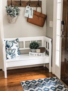 Entryway rug, bench decor, home projects, modern farmhouse decor, farmhouse Easy Home Decor, Home Decor Bedroom, Entryway Decor, Living Room Decor, Entry Way Decor Ideas, Modern Farmhouse Kitchens, Farmhouse Decor, Foyer Decorating, Decorating Ideas