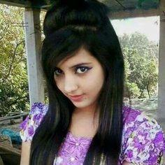 Beautiful Girl Photo, Beautiful Girl Indian, Beautiful Indian Actress, Beautiful Ladies, College Girl Pics, Desi Girl Selfie, Indian Teen, Indian Girls, Girl Number For Friendship