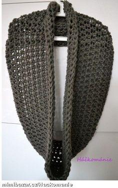 Velký háčkovaný nákrčník Crochet Scarves, Crocheted Scarf, Refashion, Diy And Crafts, Inspiration, Cowl Patterns, Scarfs, Gloves, Wraps