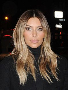Kim Kardashian's Hair: Get Her Damage-Free Blonde Locks - - Kim Kardashian stepped out in New York City on Nov. 25 with fiance Kanye West to explore the Big Apple and do a little shopping. Even with the cold and windy weather, Kim's blonde locks looke…. Kim Blonde, Carmel Blonde Hair, Carmel Hair Color, Ash Blonde Hair, Blonde Color, Dark Hair, Blond Ombre, Ombre Brown, Lights