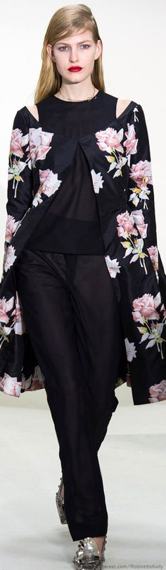 Christian Dior, flower printed. http://www.pinterest.com/MARINAHAPPYM/floral-print-clothes/