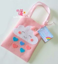 Felt Crafts, Diy And Crafts, Cloud Party, Girls Bags, Unicorn Party, Baby Birthday, Baby Shower Themes, Holidays And Events, Little Gifts