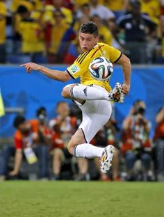 Soccer Guys, Football Boys, Football Players, James Rodriguez Colombia, James Rodrigues, Lionel Messi, Fifa, Men Tumblr, Soccer Socks