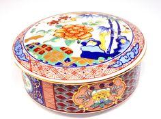Japanese Imari Ware Porcelain Powder Box by ogdenlane on Etsy, $59.95