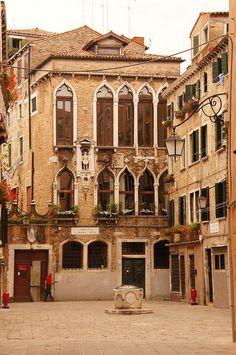 Campiello Santa Maria Nova,Venice,Italy