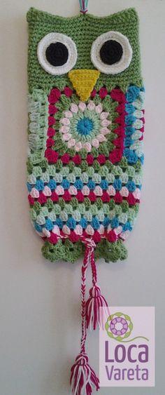 Ideas For Crochet Bag Holder Owl Crochet Owls, Crochet Diy, Crochet Cross, Crochet Home, Love Crochet, Crochet Patterns, Plastic Bag Crochet, Crochet Organizer, Crochet Wall Hangings