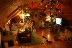 Tathariel's house decorated for Samhain