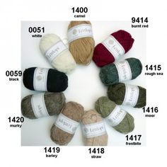 Léttlopi from Ístex: new wool, unpsun, Aran weight has 49 Ístex shades but also 9 extra shades (bright colors and 1 tweed) Black And Brown, Red And White, Icelandic Sweaters, Knit Sweaters, Shade Card, Crochet Yarn, Color Combos, Pink Purple, Hand Knitting