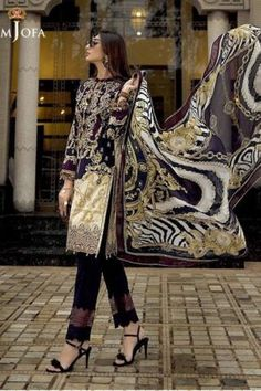 Master Replica Dresses | Master Replica Pakistan Pakistani Dress Design, Pakistani Dresses, Latest Dress Design, Latest Pakistani Fashion, Formal Wear, Party Wear, Designer Dresses, Kimono Top, Chiffon