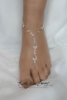wedding quotes Barefoot Jewelry Sandals for Brides and bridal party - style 006 Ankle Jewelry, Hand Jewelry, Cute Jewelry, Body Jewelry, Jewelry Accessories, Jewelry Design, Jewelry Ideas, Jewelry Bracelets, Diy Schmuck