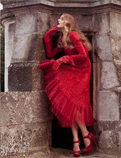 Red dress. Zsa zsa Bellagio.