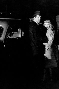 """jeanarthur: """"Fred MacMurray and Barbara Stanwyck photographed for Double Indemnity """" Shadow Film, Double Indemnity, Billy Wilder, Shadow Silhouette, Netflix Streaming, Barbara Stanwyck, Crime Fiction, Long Shadow, All Movies"""