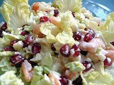 Легкий, диетический, простой, праздничный салат с пекинской капустой, ананасом, креветками, крабовыми палочками и гранатом