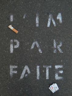 """I'm perfect"" Paris, France Graffiti walk Paris France, Graffiti, Art Photography, Etsy Seller, Creative, Travel, Fine Art Photography, Viajes, Trips"