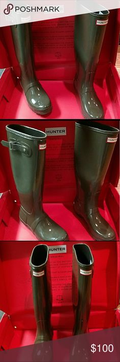 💙REDUCED - Hunter Tall Glass Boots --Swamp Green New & Authentic Hunter boots  Tall Gloss in Swamp Green  The top of the boot box was removed, so I can ship with the bottom portion or just the boots.  (Note, the boots are in perfect condition.) Please, reasonable offers only! Hunter Boots Shoes Winter & Rain Boots