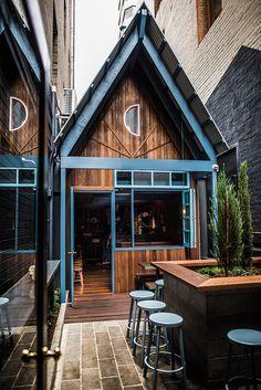 Pink Moon Saloon / Adelaide / Food / Restaurant / Bar / Wine / Leigh Street / Photo Duy Dash